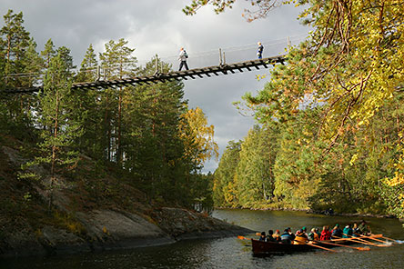Below and above the hanging bridge of Lapinsalmi. Photo: Lassi Kujala