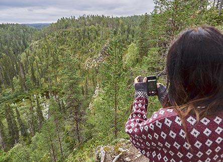 Kallioportin ja muut Oulangan nähtävyydet tavoitat päiväreittien varrelta. Kuva: Vastavalo / Jari Hindström