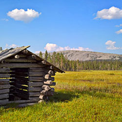 An old hay barn on Luosto Nature Hiking Trail. Image: Anna Pakkanen