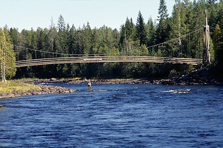 Siikakoski suspension bridge. Photo: Heikki Räsänen