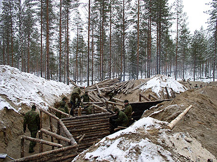 North Karelian Boarder Guard infantrymen building the reconstruction site in 2005. Photo: Minna Maukonen