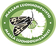 The drawn emblem of Malla strict nature reserve. A Labrador tiger moth is depicted inside the oval emblem. The text Malla strict nature reserve in Finnish and Swedish wraps around the outer edge of the emblem.