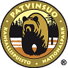 The drawn emblem of Patvinsuo national park. A bear is depicted inside the oval symbol. The text Patvinsuo - national park in Swedish and Finnish wraps around the outer edge of the emblem.
