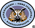 The drawn emblem of Sipoonkorpi national park. An eagle-owl is depicted inside the oval symbol. The text Sipoonkorpi kansallispuisto - national park wraps around the outer edge of the emblem.