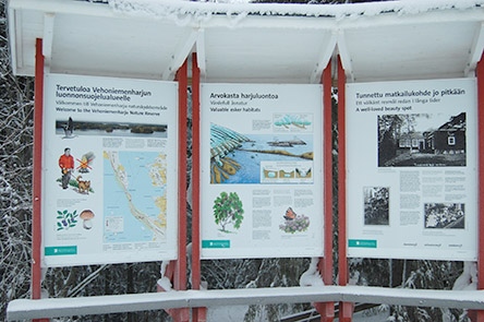 Information for hikers. Photo: Katri Gourlay