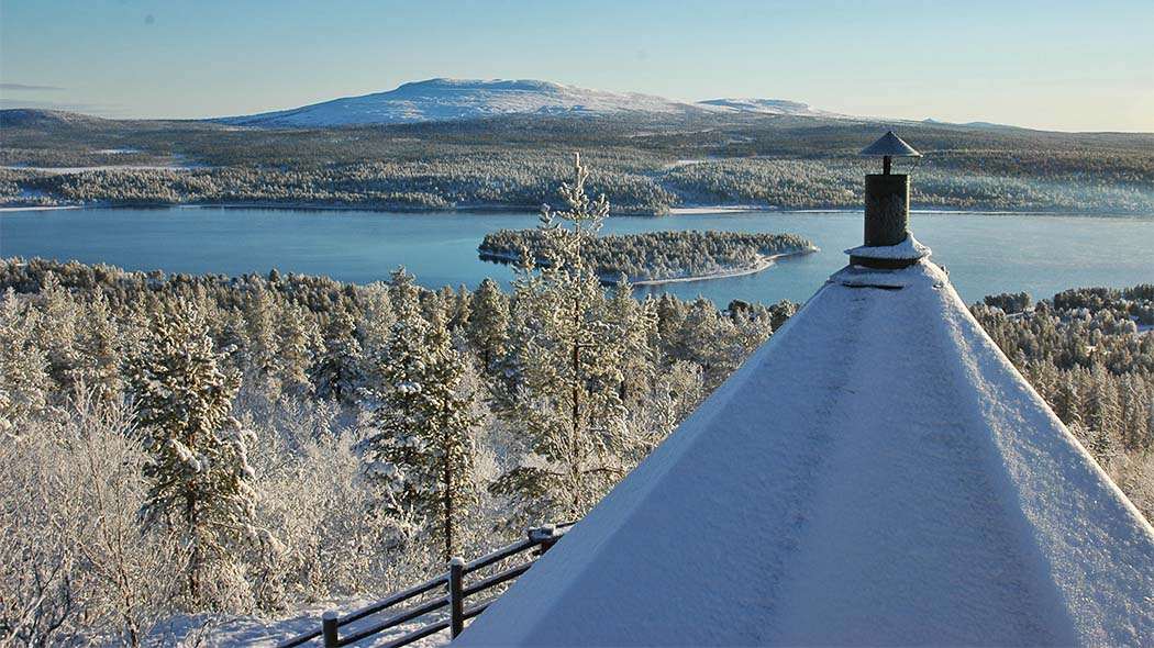 Jyppyrä Hill is the best place to view the beautiful surroundings of Hetta Village. Photo: Tapio Huttunen.
