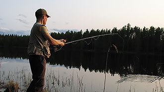 Fishing at Lake Kalliojärvi. Photo: Juha Auvinen