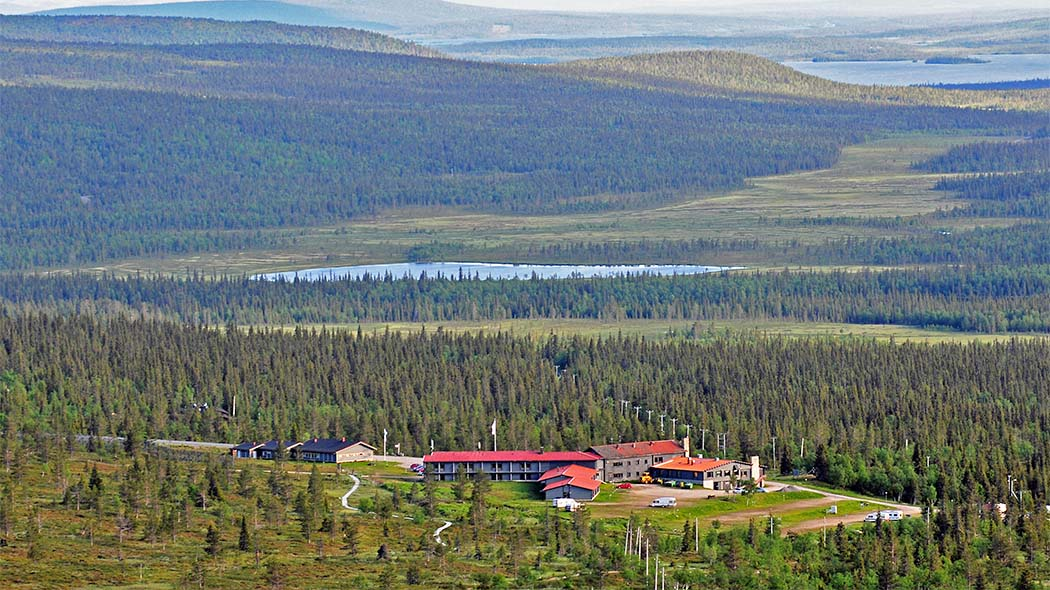 Pallastunturi Visitor Centre is situated on the Pallastunturi Fell near the Lapland Hotel Pallas. Photo: Seija Olkkonen.