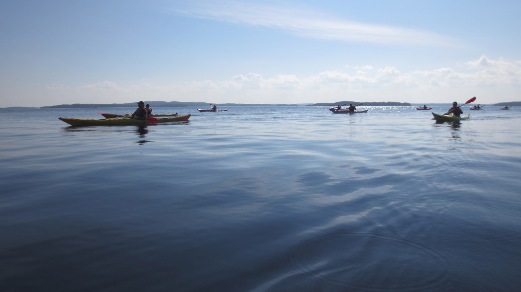 Paddlers in Päijänne National Park. Photo: Niina Myyrä