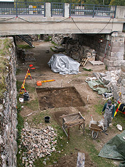 Repairs on the castle ruins are based on regular damage surveys. Photo: Kari Uotila